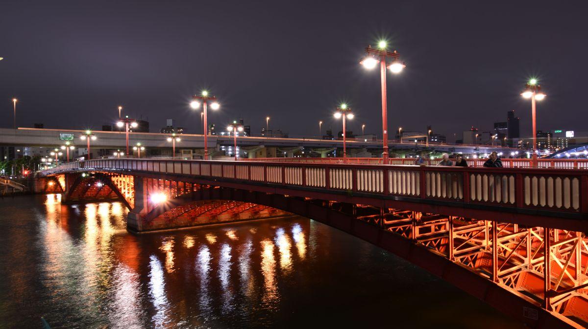 Photographing Asakusa at Night