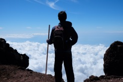 climbing-mount-fuji-mt-fuji-japan-hiking-17