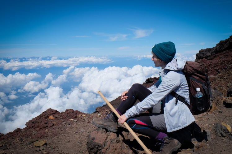 climbing-mount-fuji-mt-fuji-japan-hiking-20