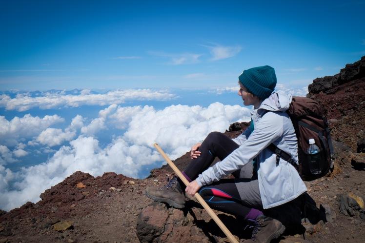 climbing-mount-fuji-mt-fuji-japan-hiking-20