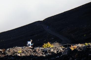 climbing-mount-fuji-mt-fuji-japan-hiking-3