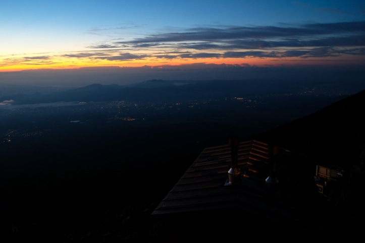 climbing-mount-fuji-mt-fuji-japan-hiking-5