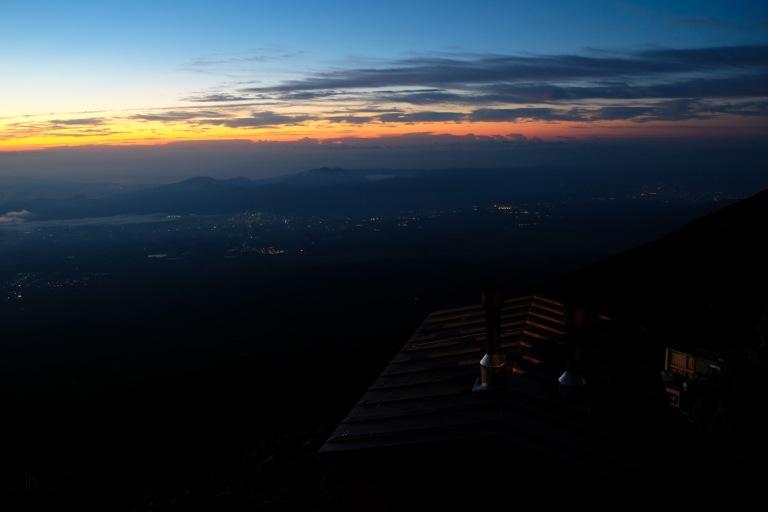 climbing-mount-fuji-mt-fuji-japan-hiking-5