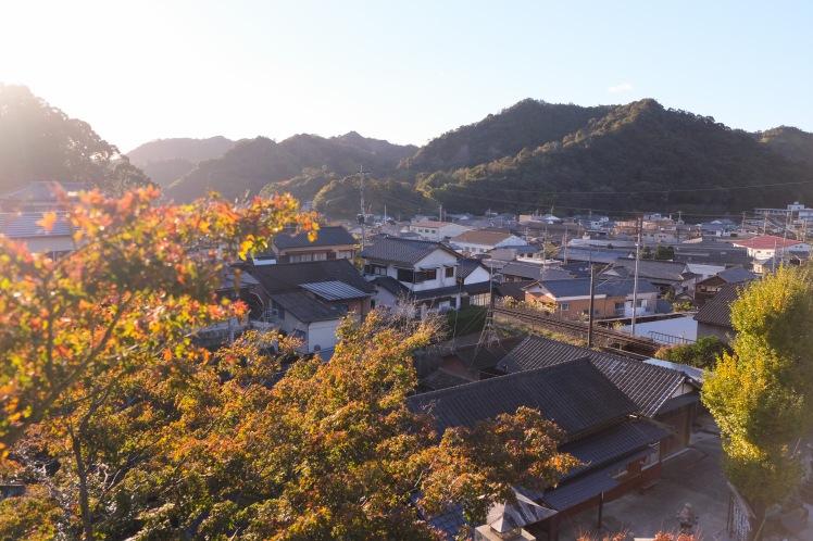 arita-autumn-leaves-japan-sightseeing-16