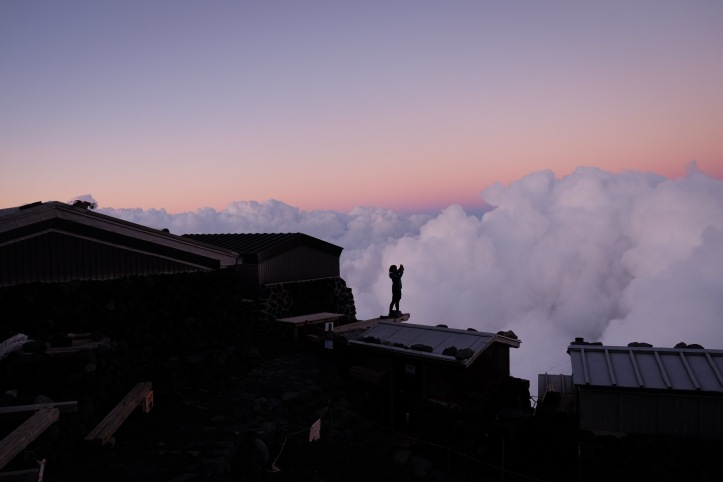 climbing-mount-fuji-mt-fuji-japan-hiking-4
